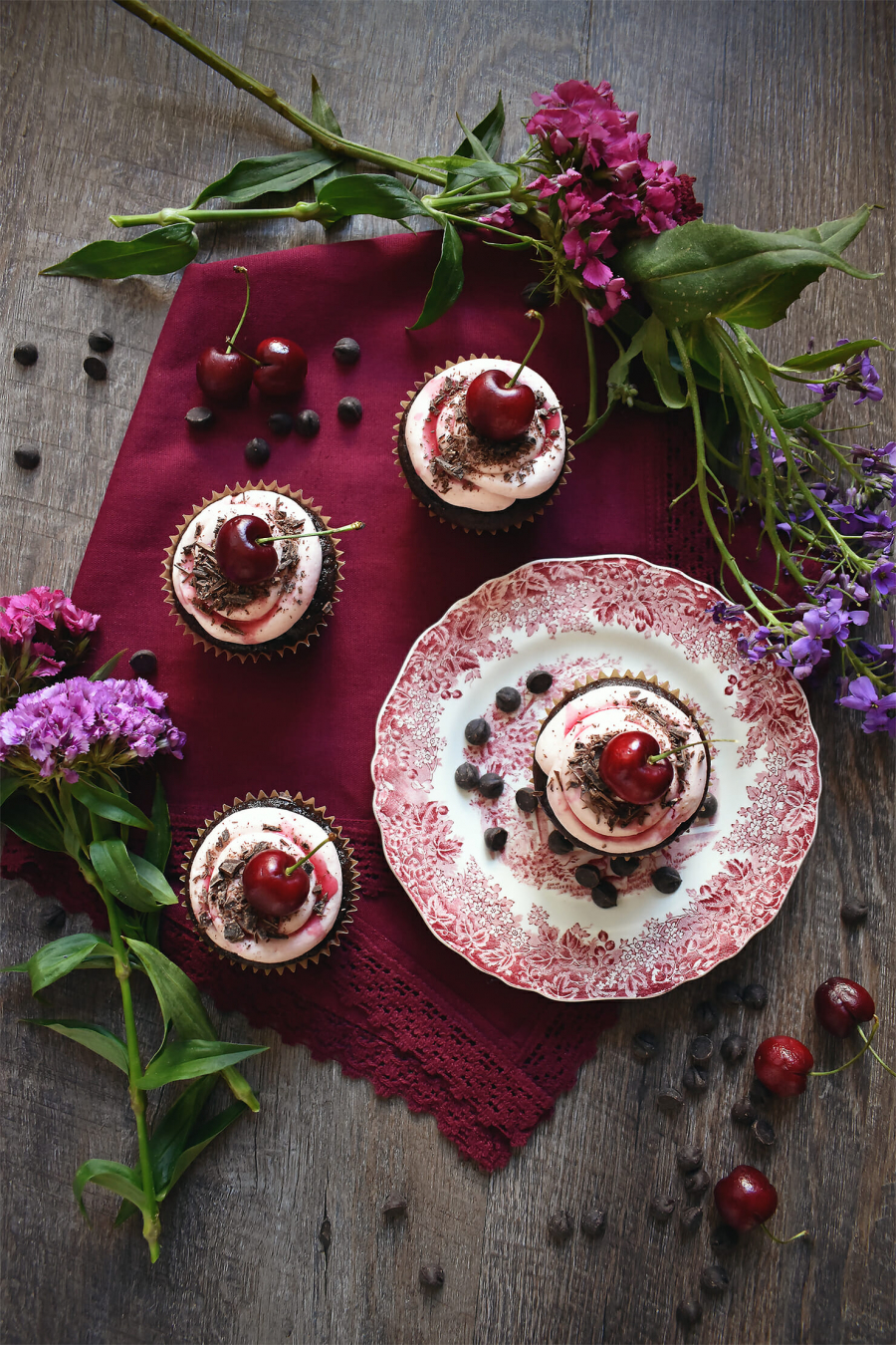 chocolate-cherry-black-forest-cupcakes-ohhotcakes-recipe-2