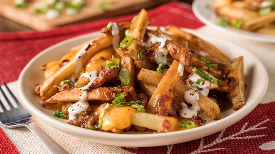ultimate_canadian_poutine_1144_2000x1125