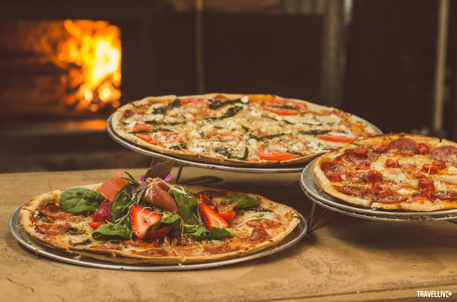 shallow-focus-photography-of-several-pizzas-1566837(sua)