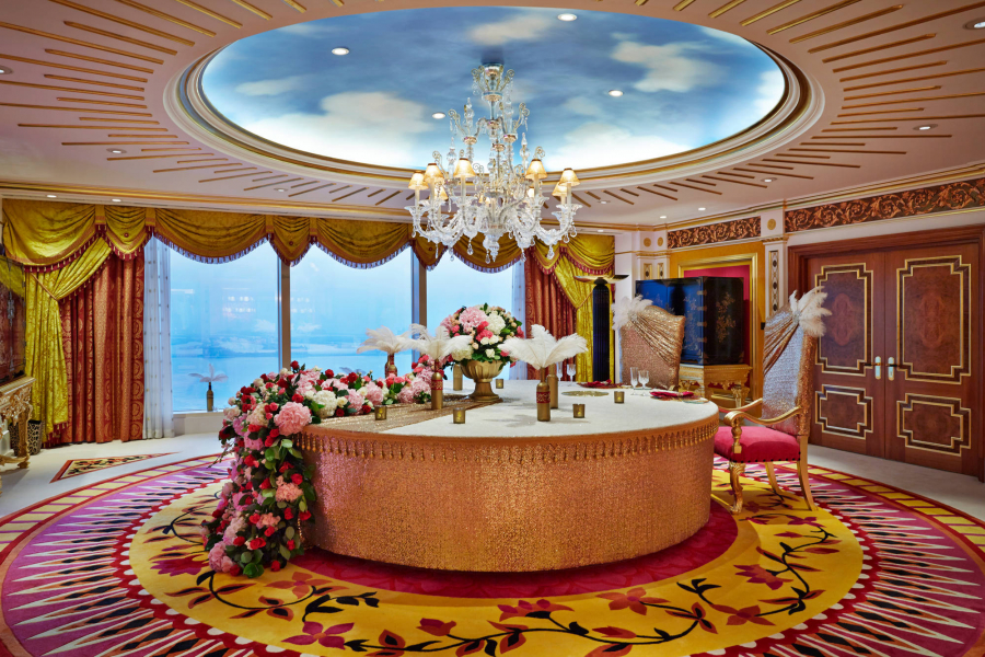 Burj-Al-Arab-Royal-Suite-