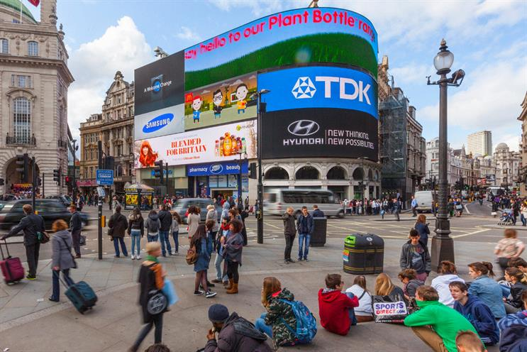 PiccadillyLights-20141115043152115