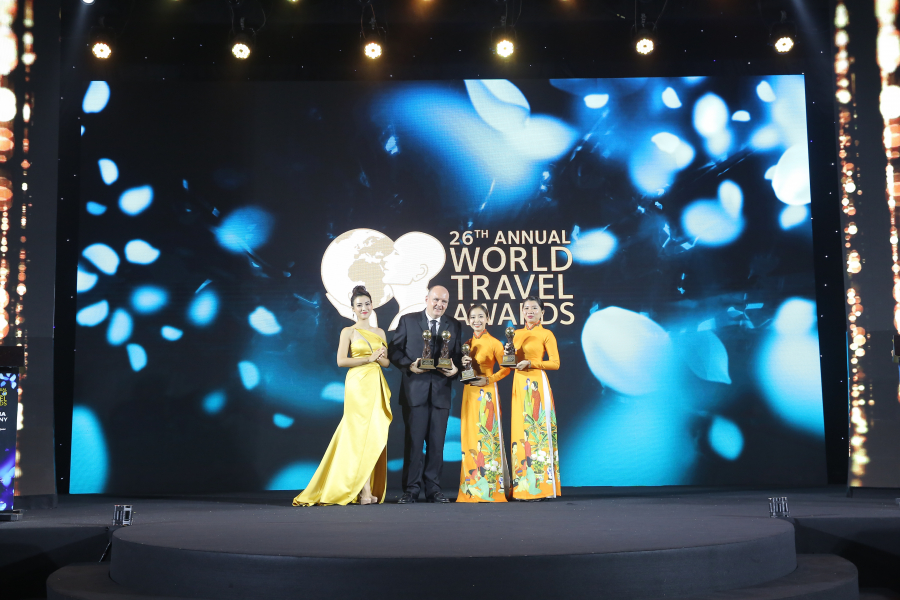 Ông Oliver Horn tại Lễ trao giải World Travel Awards 2019