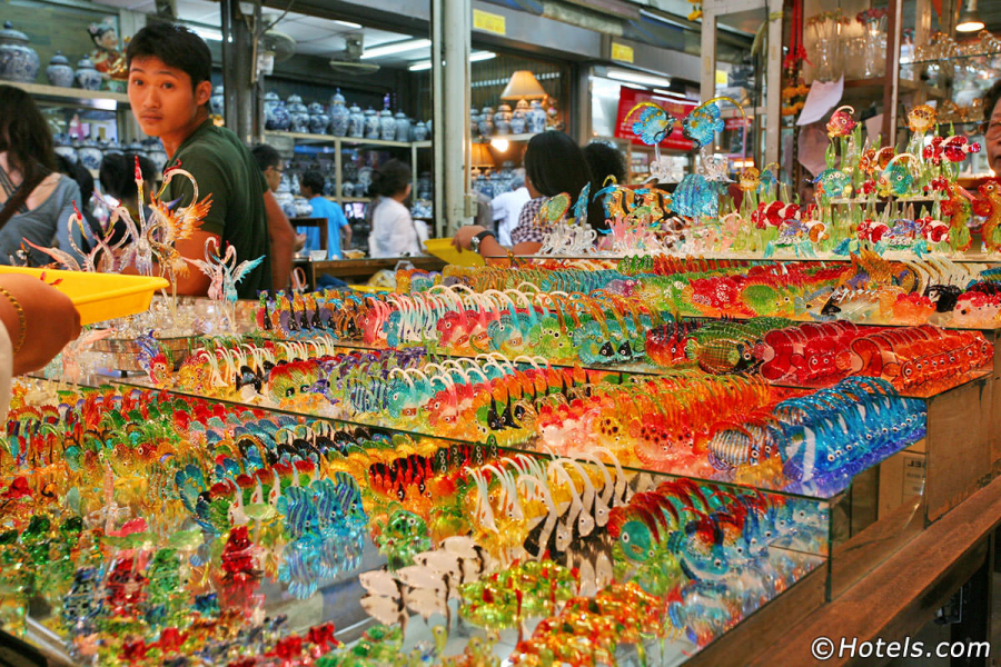chatuchak-shopping-1