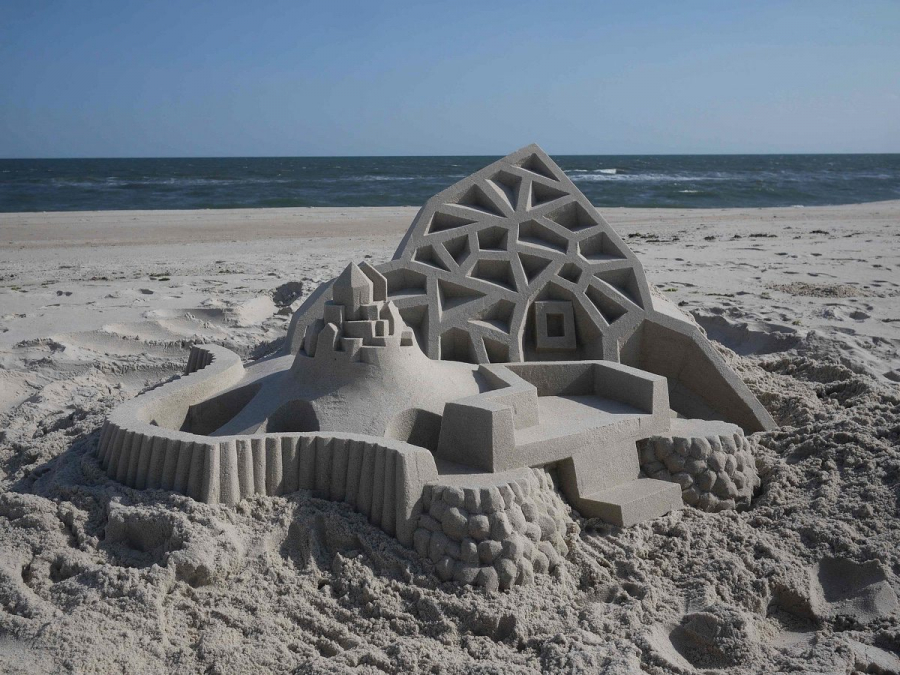 sand-castle-design-that-defies-gravity