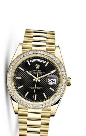 Day-Date 40 Yellow Gold Baguette / Black