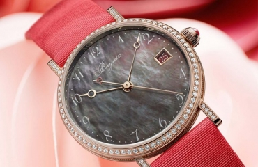 Breguet ra mắt đồng hồ Classique Dame 9065 Tahitian Mother-of-Pearl